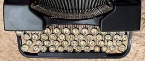 Happy-New-Year-typewriter